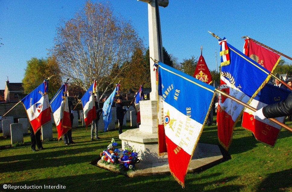 drapeaux 11 novemvre beuvry
