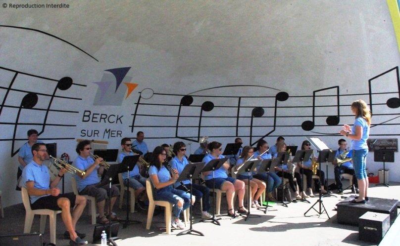 harmonie de Beuvry à la plage... de Berck